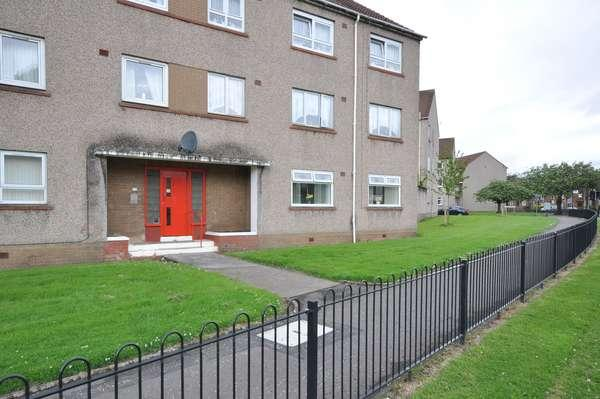 1 Bedroom Flat for sale in 2D Richardland Place, Kilmarnock, KA1 3DH