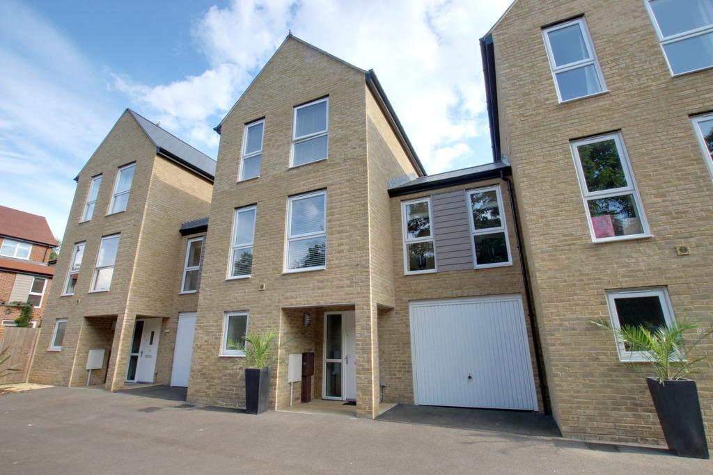 4 Bedrooms Town House for sale in Bedhampton