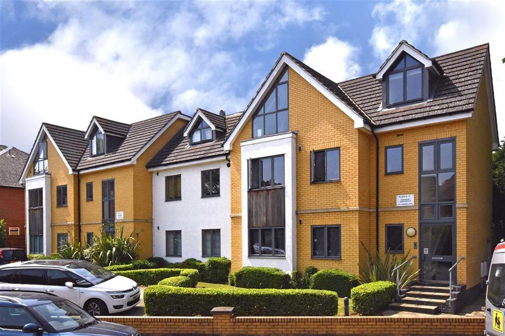 2 Bedrooms Flat for sale in London Lane, Bromley, Kent
