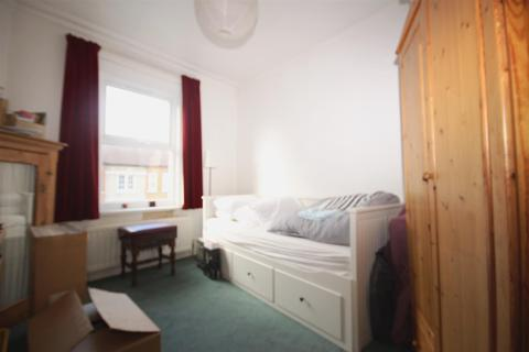 1 bedroom apartment for sale - Ambleside Road, London