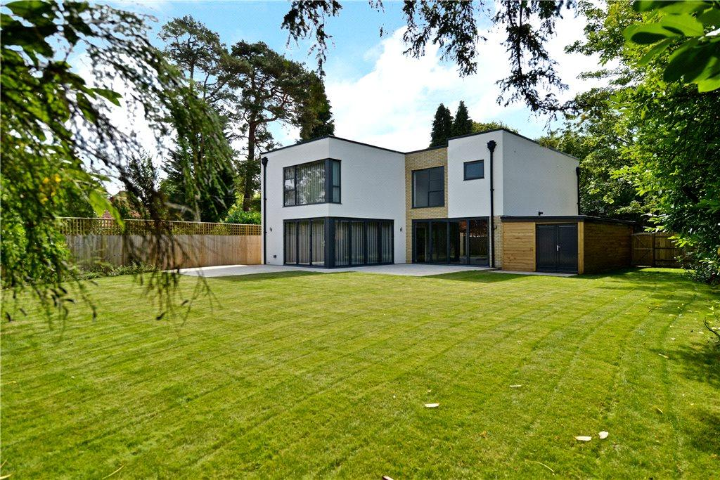 5 Bedrooms Detached House for sale in Heath Lane, Aspley Heath, Woburn Sands, Bedfordshire