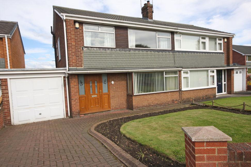 3 Bedrooms Semi Detached House for sale in Grasmere Road, Garden Farm, Chester-le-Street DH2 3DL