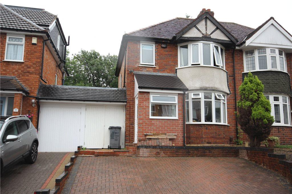 3 Bedrooms Semi Detached House for sale in Springfield Crescent, Solihull, West Midlands, B92