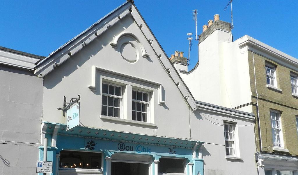 2 Bedrooms Maisonette Flat for sale in Melville Street, Ryde