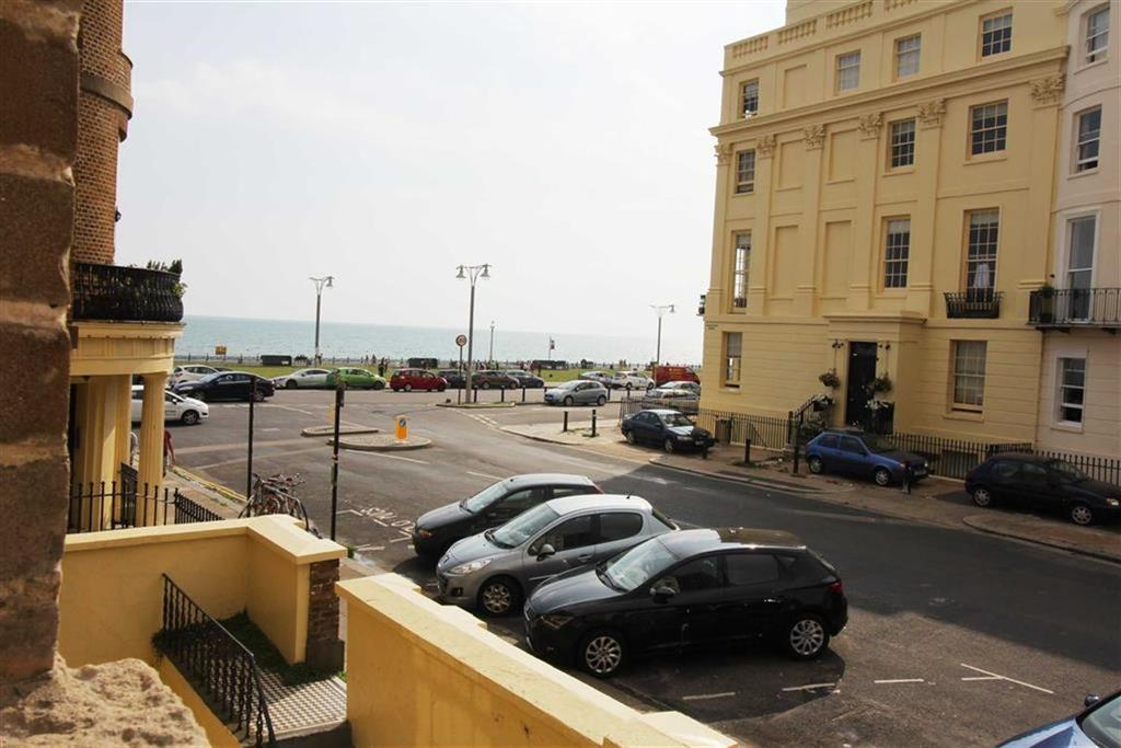 2 Bedrooms Apartment Flat for sale in Brunswick Terrace, Hove, East Sussex