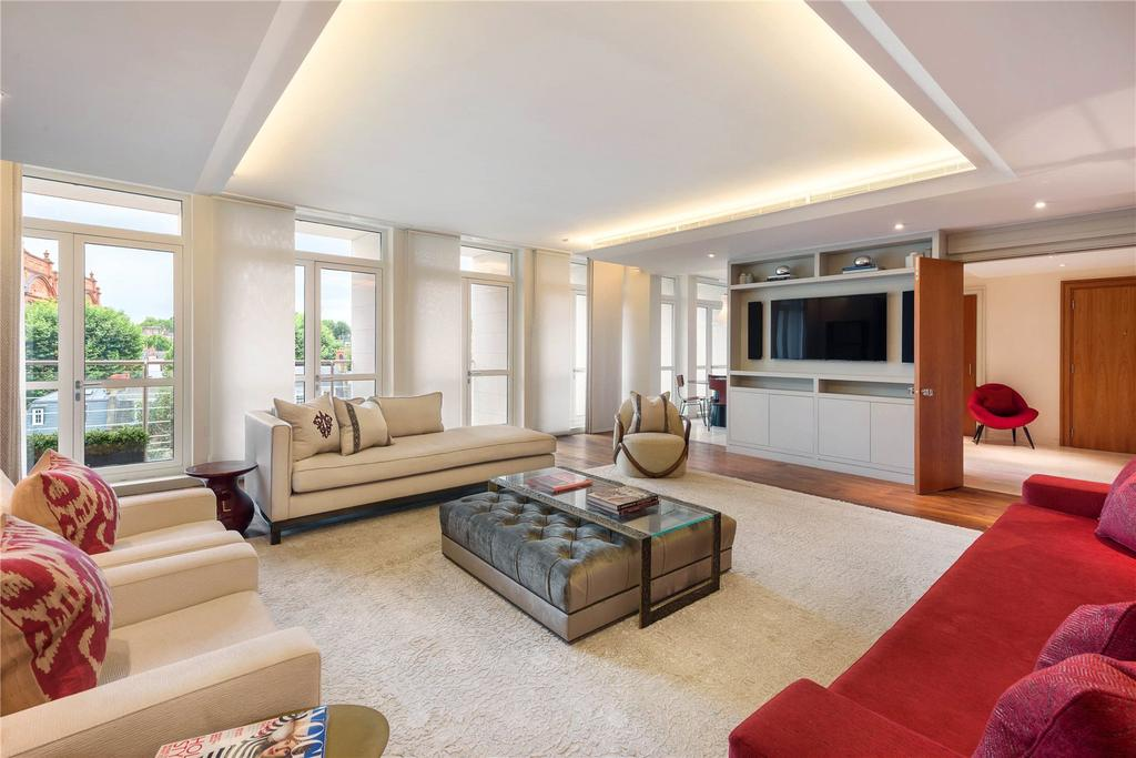 3 Bedrooms Flat for sale in Lancelot Place, London