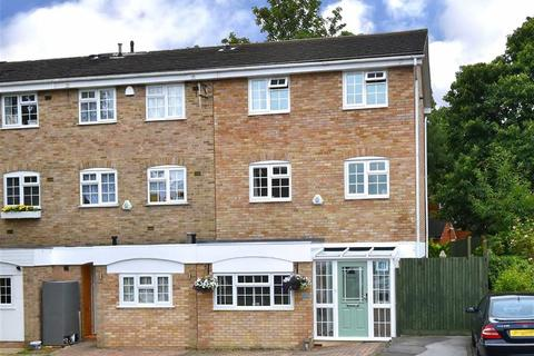 3 bedroom townhouse for sale - Ullswater Close, Bromley, Kent