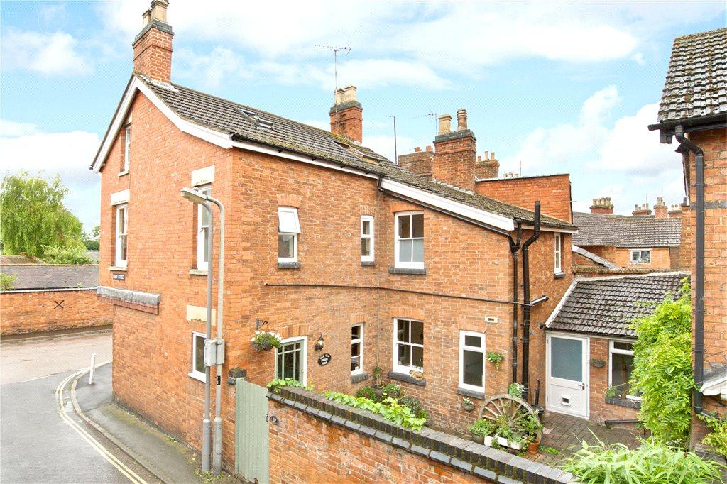 4 Bedrooms Unique Property for sale in Bury Street, Newport Pagnell, Buckinghamshire