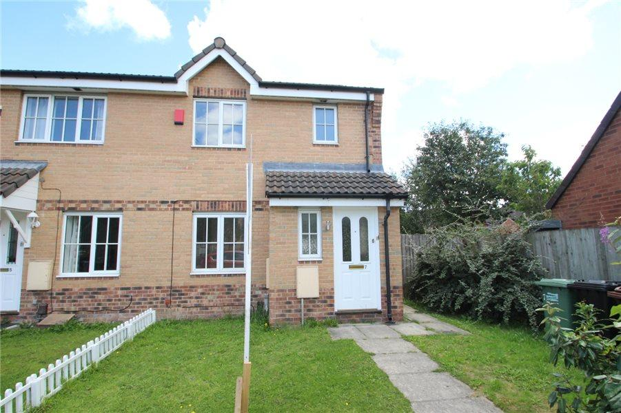 3 Bedrooms Terraced House for sale in FREESTONE MEWS, FARNLEY, LEEDS, LS12 5SY
