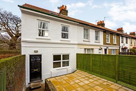 4 bedroom cottage to rent - 8 Ebor Cottages, Roehampton/Kingston Borders