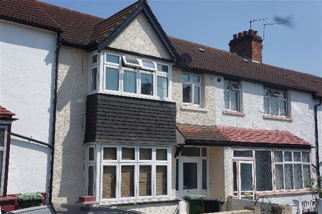 4 Bedrooms Terraced House for rent in Ladycroft Road, Lewisham, London