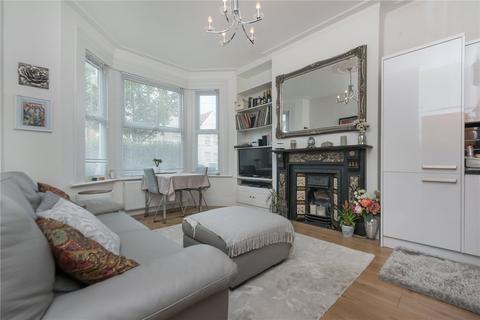 2 bedroom flat to rent - Windsor Road, London, NW2