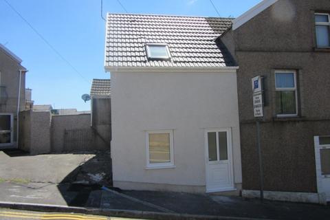 1 bedroom maisonette to rent - 69c Pentreguinea Road St Thomas  Swansea