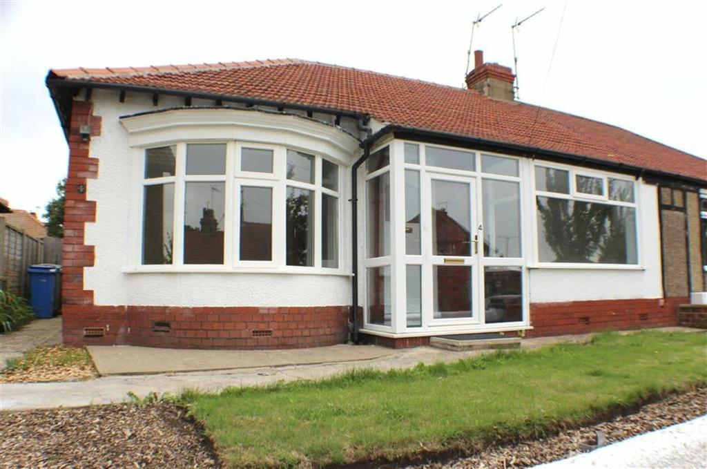 2 Bedrooms Semi Detached Bungalow for sale in Priory Crescent, Bridlington, East Yorkshire
