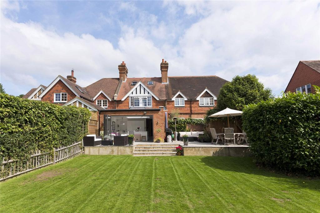 4 Bedrooms House for sale in St. Georges Road, Weybridge, KT13
