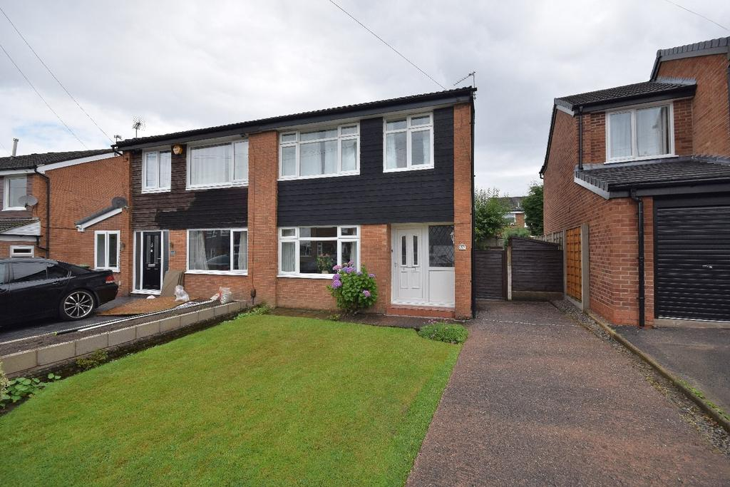 3 Bedrooms Semi Detached House for sale in Micawber Road, Poynton