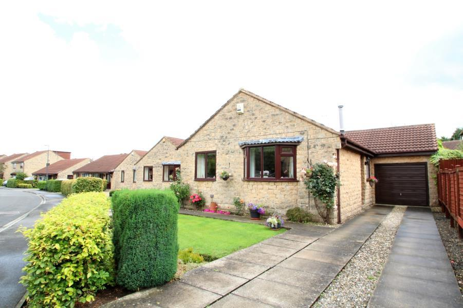 3 Bedrooms Detached Bungalow for sale in HUDSON WAY, TADCASTER, LS24 8JF