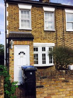 3 bedroom house to rent - Chase Side N14