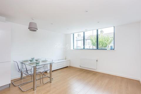 2 bedroom flat for sale - Wesleyan School, Leswin Road, N16
