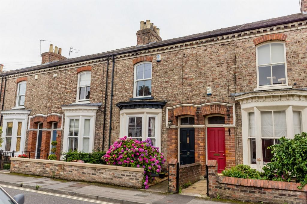 3 Bedrooms Terraced House for sale in Fountayne Street, Off Haxby Road, YORK