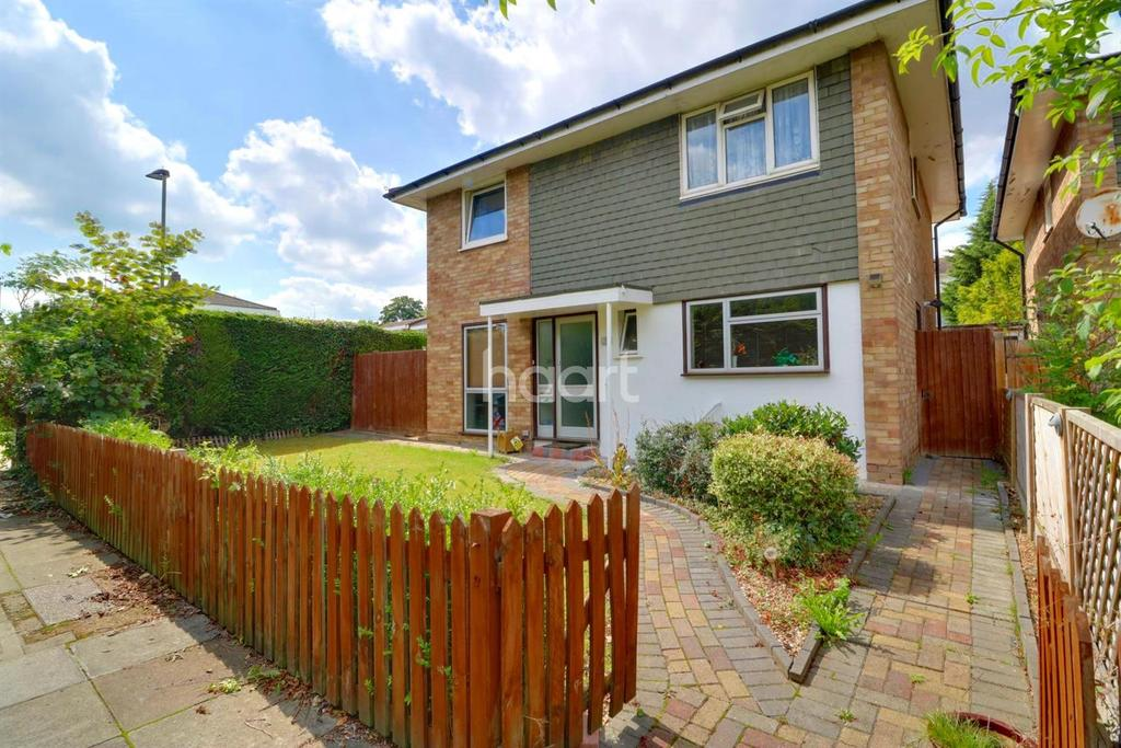 5 Bedrooms Detached House for sale in Adcock Walk, Orpington