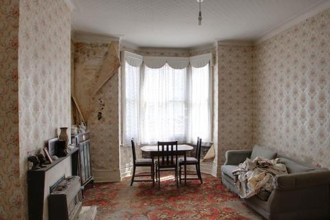 3 bedroom terraced house for sale - Raymond Road, Upton Park