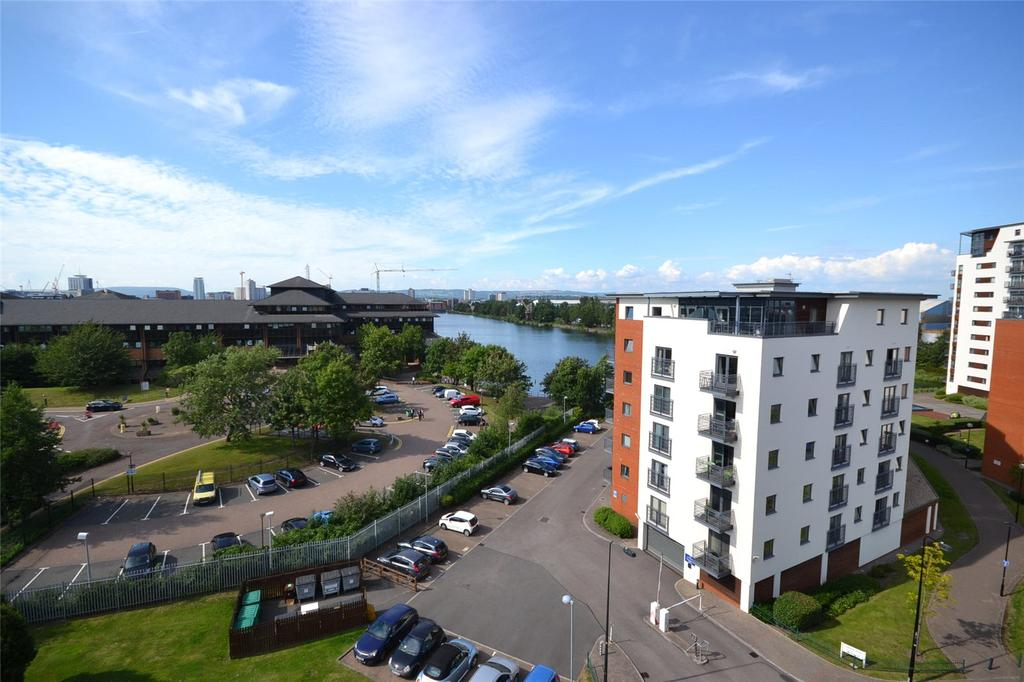 2 Bedrooms Apartment Flat for sale in Galleon Way, Cardiff Bay, Cardiff, CF10