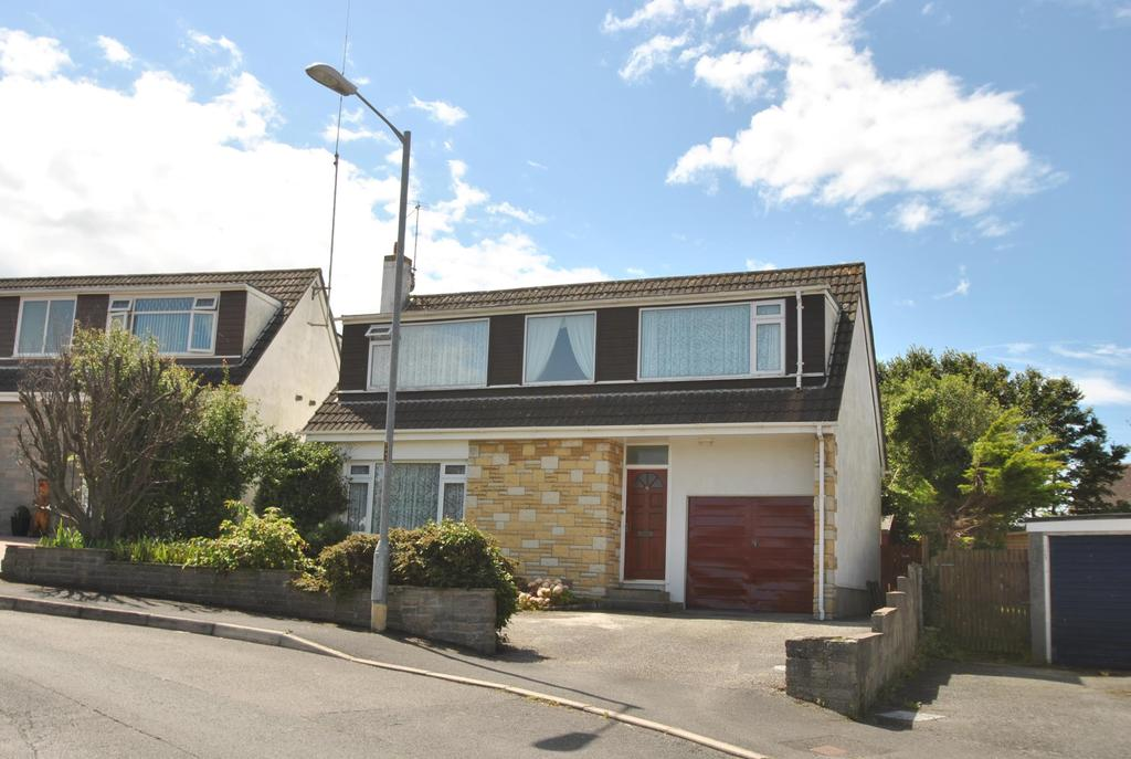 4 Bedrooms Detached House for sale in Bede Haven Close, Bude