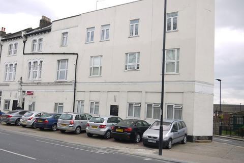 Studio to rent - Barking Road, Plaistow, London, Greater London. E13