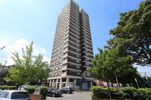 2 bedroom flat to rent - Elmslie Point , Leopold Street, Bow, London. E3