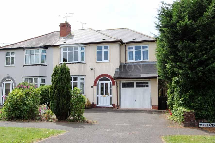 4 Bedrooms Semi Detached House for sale in Woodland Road, Finchfield, Wolverhampton