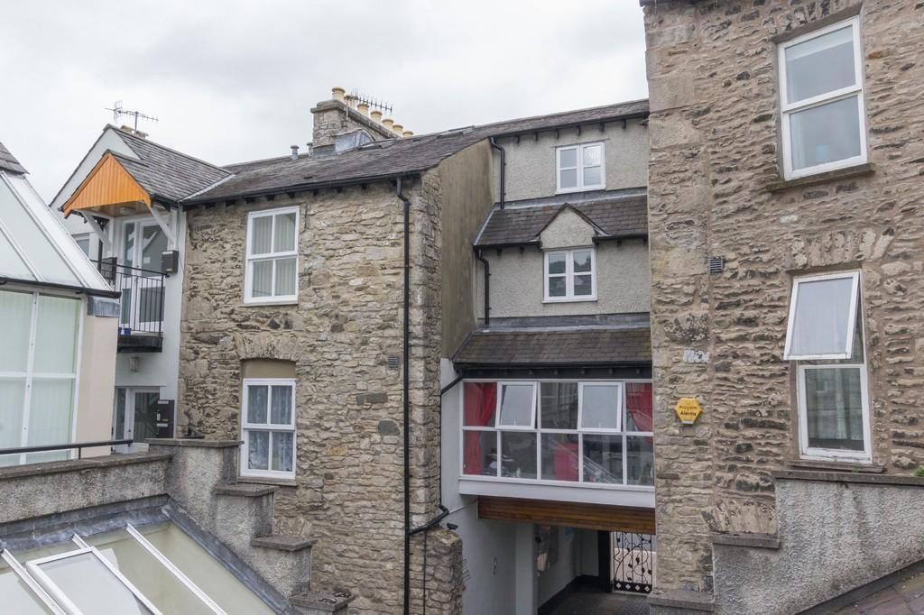 2 Bedrooms Apartment Flat for sale in 6 Websters Yard, Kendal. LA9 4HA