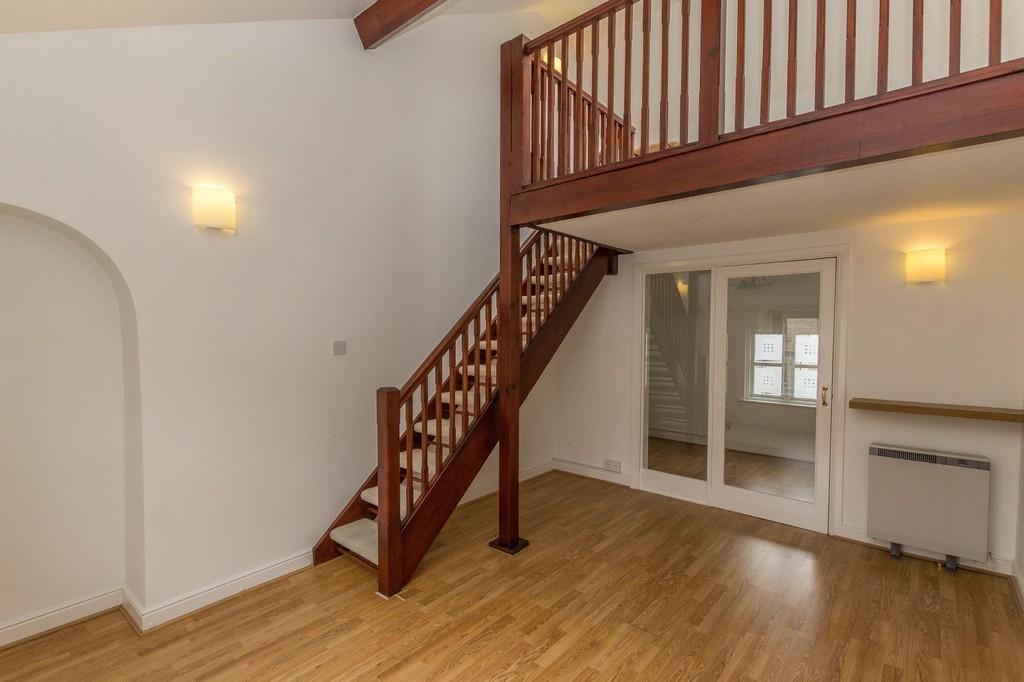 2 Bedrooms Apartment Flat for sale in 6 Websters Yard, Kendal. LA9 4HA