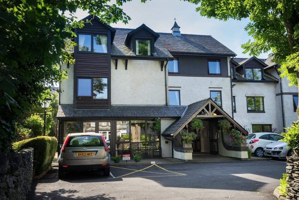 1 Bedroom Apartment Flat for sale in 12 Alexandra Court, Ellerthwaite Road, Windermere, Cumbria, LA23 2PR
