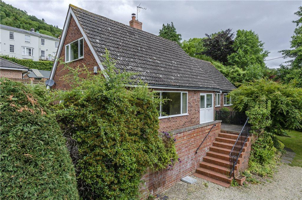4 Bedrooms Detached Bungalow for sale in Grundys Lane, Malvern, Worcestershire, WR14