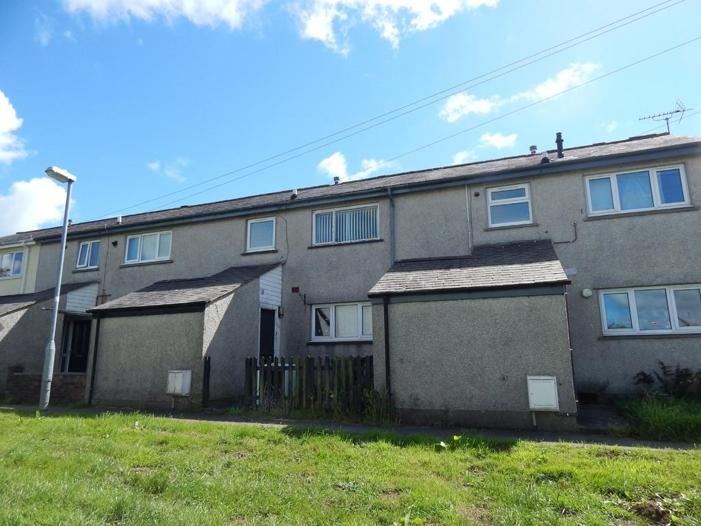 3 Bedrooms Terraced House for sale in Y Garth, Llanerchymedd, North Wales
