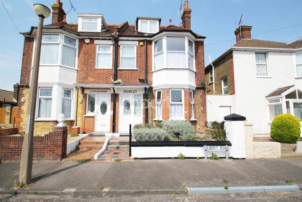 4 Bedrooms Semi Detached House for sale in Gilbert Road, Ramsgate, CT11