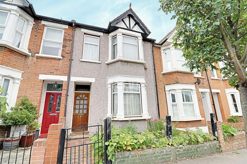 3 Bedrooms Terraced House for sale in Ingatestone Road