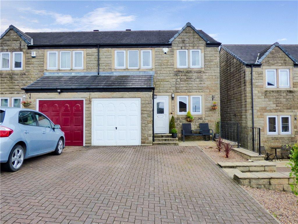 4 Bedrooms Semi Detached House for sale in Maple Avenue, Oakworth, Keighley, West Yorkshire