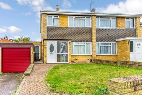 3 bedroom semi-detached house to rent - Hardwick Road, Tilehurst, Reading, Berkshire, RG30