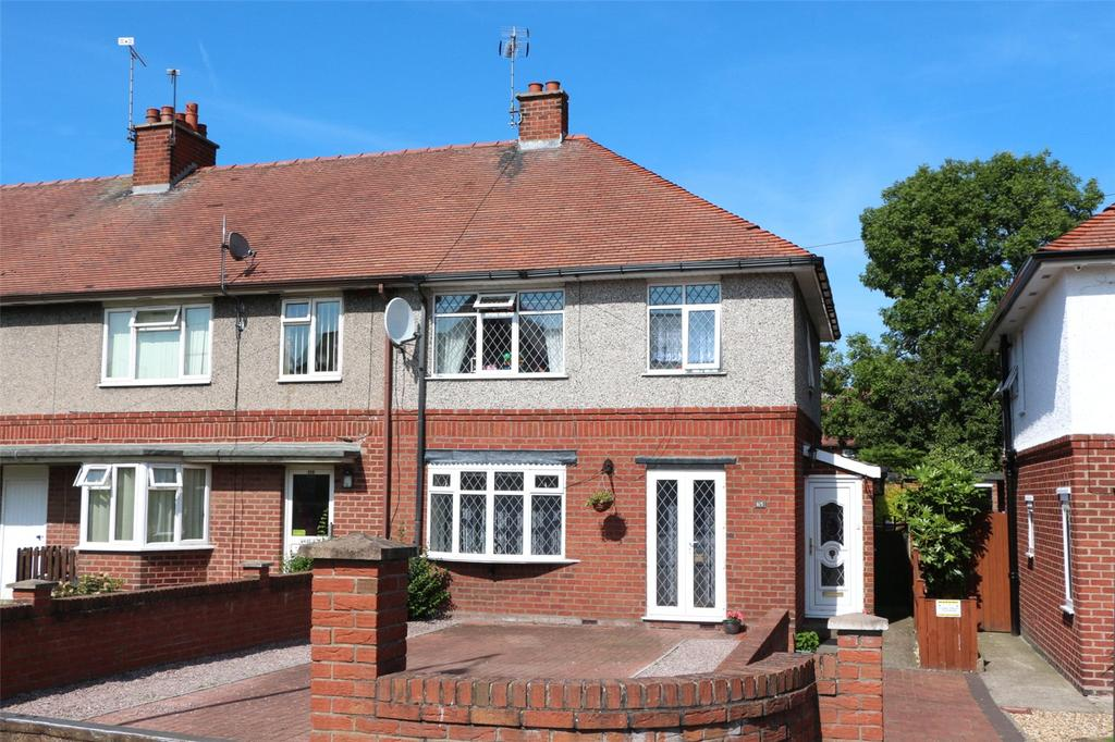 3 Bedrooms End Of Terrace House for sale in Kingsmills Road, Wrexham, LL13