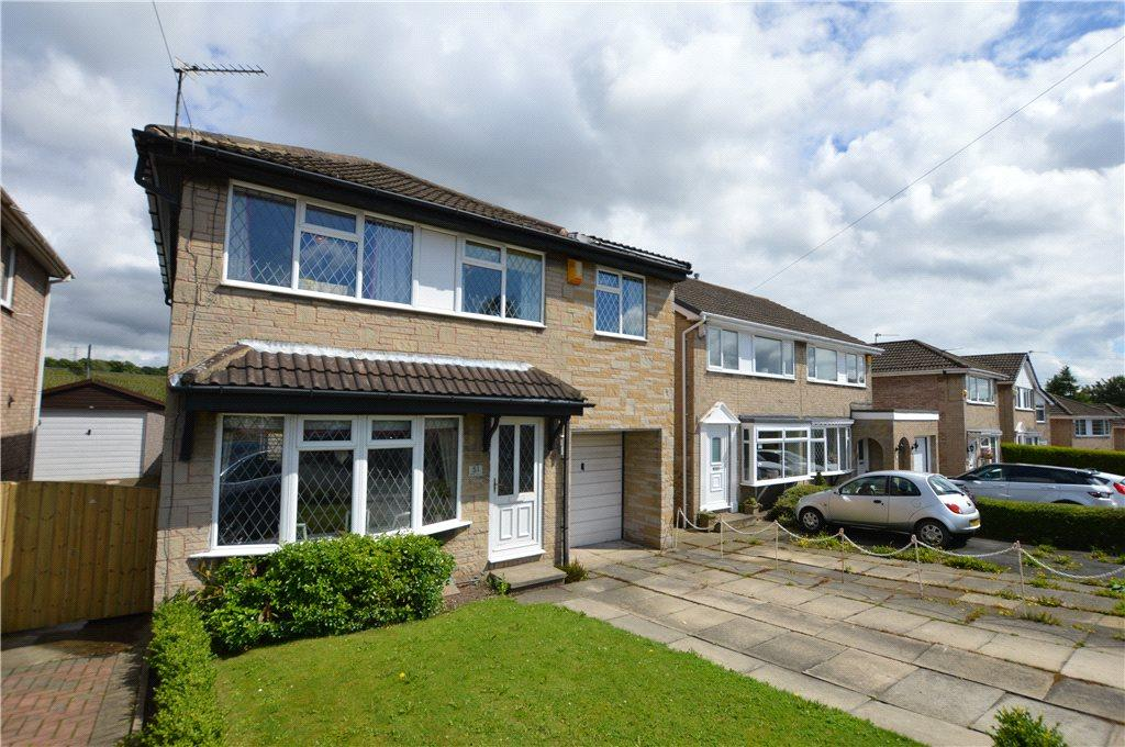 4 Bedrooms Detached House for sale in Teall Court, Ossett, West Yorkshire