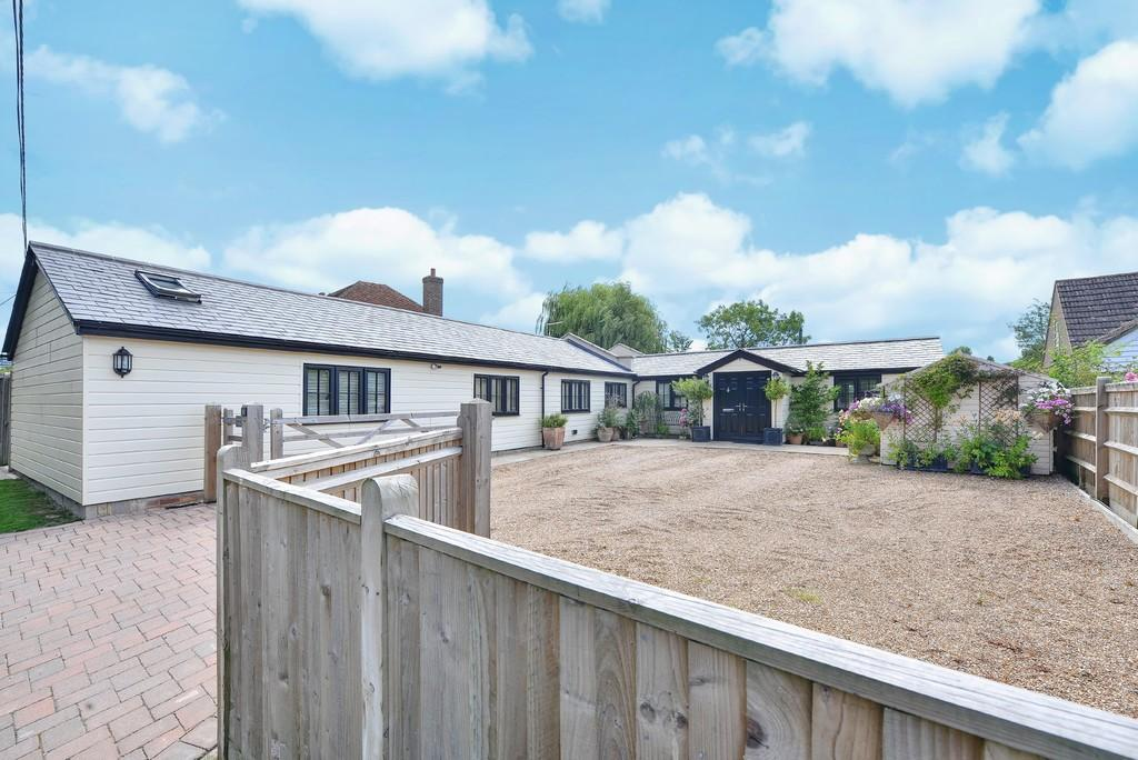 3 Bedrooms Detached House for sale in Swan Street, Wittersham, Kent TN30 7PH