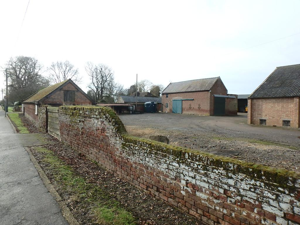 Barn Conversion Character Property for sale in Barn Conversion Plots - Sutton St Edmund