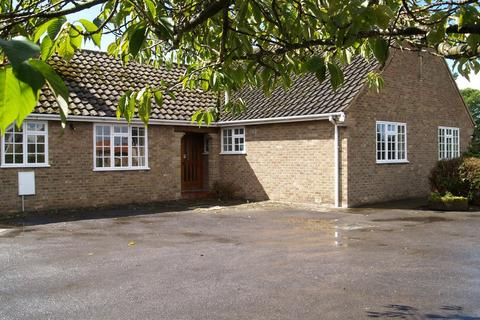 4 bedroom detached bungalow to rent - The Sycamores, 29 Westfield Road, Tockwith YO26 7PY