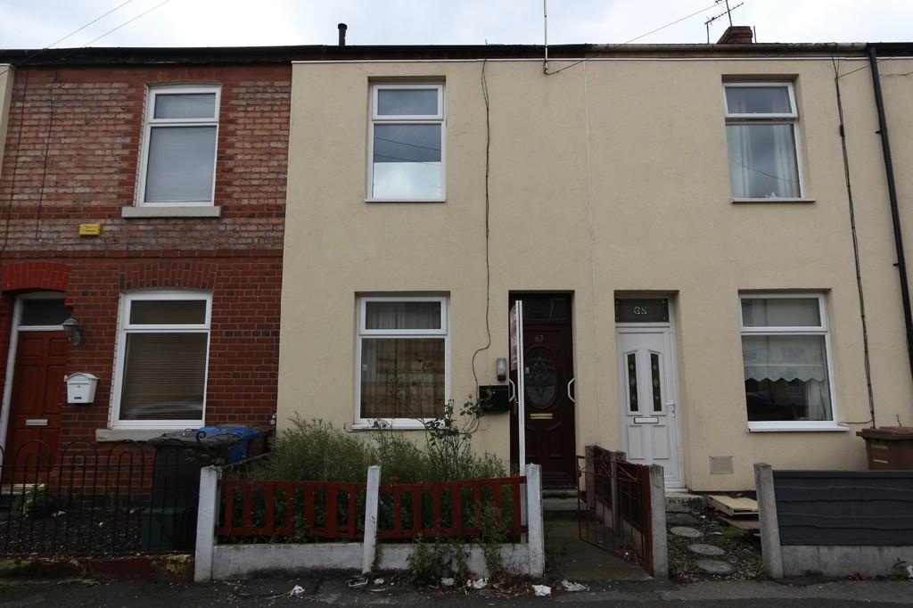2 Bedrooms Terraced House for sale in 63 Dixon Street, Irlam, Manchester