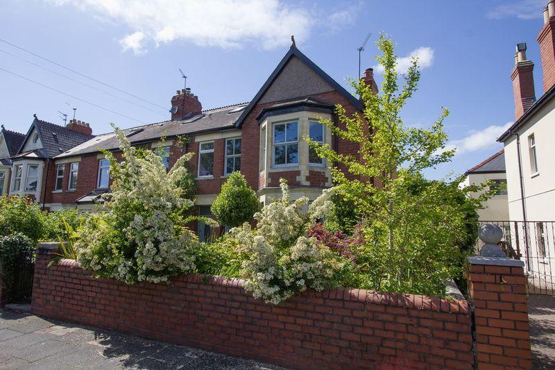 4 Bedrooms Semi Detached House for sale in Stanwell Road, Penarth