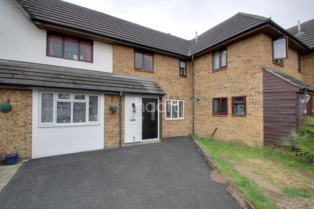 3 Bedrooms Terraced House for sale in Orlando Drive, Basildon