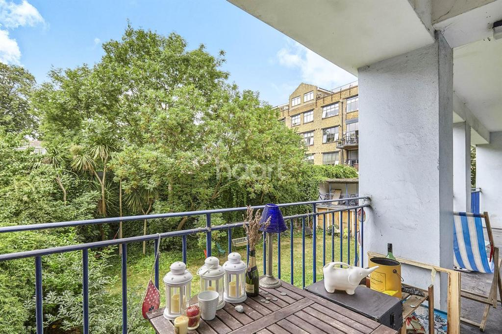 3 Bedrooms Flat for sale in Shenley road, Camberwell