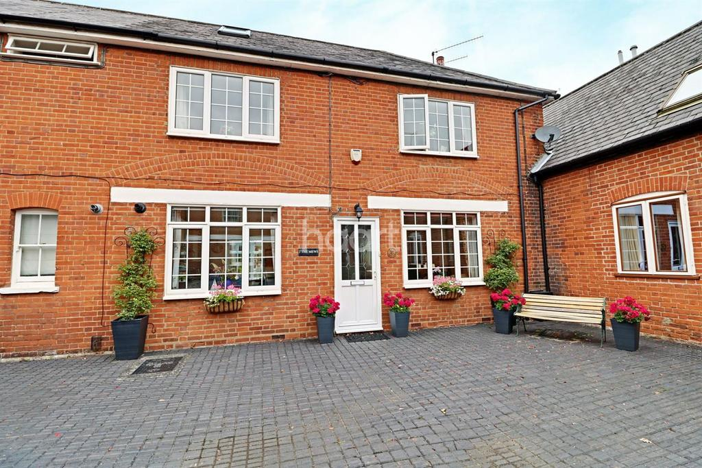 2 Bedrooms Cottage House for sale in The Mews, Pytches Road, Woodbridge